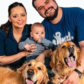 Carlos y familia