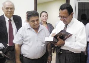 El religioso Saturnino Cerrato (derecha). La Prensa/Archivo