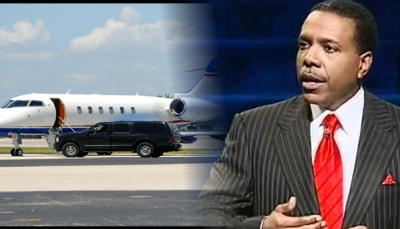 pastor de la prosperidad, avion
