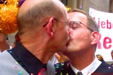 embajador gay