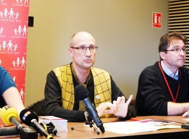 Jean-Pierre Delaume-Myard se considera una de las muchas víctimas del lobby gay