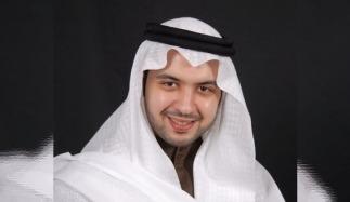 El principe musulman de kuwait Abdollah-al-Sabah se convierte a Cristo